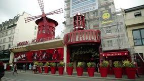 ρουζ του Παρισιού moulin απόθεμα βίντεο