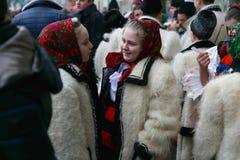 Ρουμανικό φεστιβάλ στο παραδοσιακό κοστούμι Στοκ Φωτογραφίες