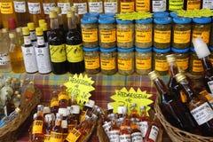Ρούμι και διάτρηση στην αγορά Sainte Anne στη Μαρτινίκα Στοκ εικόνα με δικαίωμα ελεύθερης χρήσης