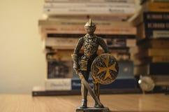 Ρολόι και ιππότης Στοκ Φωτογραφίες