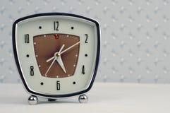 ρολόι συναγερμών αναδρομικό Στοκ Φωτογραφίες