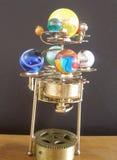 Ρολόι τέχνης πλανηταρίων steampunk με τους πλανήτες του ηλιακού συστήματος Στοκ εικόνες με δικαίωμα ελεύθερης χρήσης