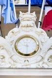 Ρολόι της Rolex στην πρόσοψη του ξενοδοχείου στις Κάννες, Γαλλία Στοκ φωτογραφία με δικαίωμα ελεύθερης χρήσης
