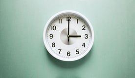 Ρολόι τριών ο ` Στοκ εικόνες με δικαίωμα ελεύθερης χρήσης