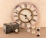 Ρολόι, Hourglassess, Wristwatch, και Pocketwatch Στοκ Εικόνα