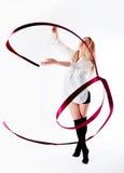 Ρυθμική γυναίκα γυμναστικής με το κώλυμα Στοκ εικόνα με δικαίωμα ελεύθερης χρήσης