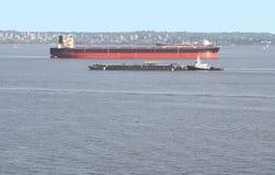 ρυμουλκό barge2 Στοκ φωτογραφία με δικαίωμα ελεύθερης χρήσης