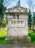 Ρωμαϊκές καταστροφές κατά μήκος του αρχαίου τρόπου Appia Antica Appian στη Ρώμη Στοκ φωτογραφία με δικαίωμα ελεύθερης χρήσης