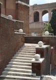 Ρωμαϊκή συμμετρία Στοκ φωτογραφία με δικαίωμα ελεύθερης χρήσης