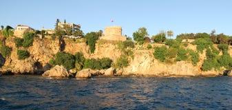 Ρωμαϊκή υπεράσπιση Hidirlik Kulesi στο Oldtown Antalya - Kaleici, στην Τουρκία Στοκ εικόνα με δικαίωμα ελεύθερης χρήσης