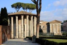 Ρωμαϊκός ναός Hercules Victor και ναός Portunus στο φόρουμ Στοκ φωτογραφίες με δικαίωμα ελεύθερης χρήσης