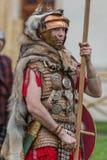 Ρωμαϊκός στρατιώτης στο κοστούμι μάχης Στοκ Φωτογραφία