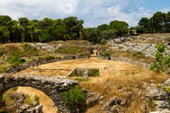 Ρωμαϊκό αμφιθέατρο των Συρακουσών στοκ εικόνα