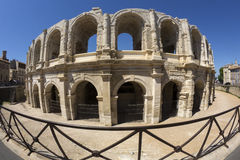 Ρωμαϊκό αμφιθέατρο - Arles - νότος της Γαλλίας Στοκ Φωτογραφία