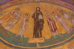ΡΩΜΗ, ΙΤΑΛΙΑ: Μωσαϊκό Aapse Χριστού μεταξύ των Αγίων στο βυζαντινό ύφος στην εκκλησία Basilica Di SAN Marco από τα 9 σεντ Στοκ Φωτογραφίες