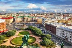 Ρωσία, εναέρια άποψη Αγίου Πετρούπολη από την καθέδρα Αγίου Isaac ` s στοκ φωτογραφίες με δικαίωμα ελεύθερης χρήσης