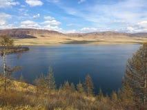 Ρωσία, Σιβηρία, μεγάλη λίμνη, στρογγυλή λίμνη στοκ φωτογραφίες με δικαίωμα ελεύθερης χρήσης