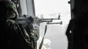 Ρωσία, Belgorod, στις 25 Ιουλίου 2016: ασκήσεις των ειδικών στρατιωτικών μονάδων μαίνετε τη συλλήφθείη βάση με τους διάφορους τρό Στοκ Φωτογραφίες
