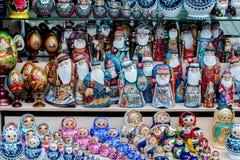 Ρωσικά αναμνηστικά που ονομάζονται την κούκλα matryoshka Στοκ Φωτογραφία