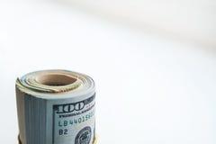Ρωσικά ρούβλια και αμερικανικά δολάρια στοκ φωτογραφία