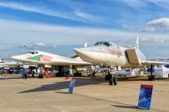 Ρωσικά στρατηγικά βομβαρδιστικά αεροπλάνα Tupolev TU-160 και TU-22M3 Στοκ Φωτογραφία