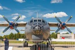 Ρωσικά στρατιωτικά αεροσκάφη μεταφορών -12 Στοκ φωτογραφία με δικαίωμα ελεύθερης χρήσης