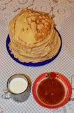 Ρωσικές τηγανίτες Στοκ Φωτογραφία