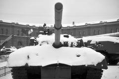 Ρωσική δεξαμενή τ-80 στο στρατιωτικό μουσείο πυροβολικού στοκ εικόνα με δικαίωμα ελεύθερης χρήσης