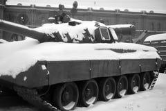 Ρωσική δεξαμενή τ-80 στο στρατιωτικό μουσείο πυροβολικού στοκ εικόνες με δικαίωμα ελεύθερης χρήσης