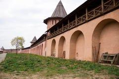 Ρωσική ιστορική παλαιά πόλη Σούζνταλ - το χρυσό δαχτυλίδι, ένα αρχαίο μοναστήρι, θέσεις τουριστών Στοκ εικόνα με δικαίωμα ελεύθερης χρήσης