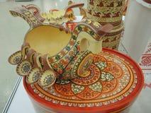 Ρωσική παραδοσιακή τέχνη που γίνεται την ξύλινη πορσελάνη αργίλου μετάλλων Στοκ Εικόνα
