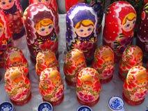 Ρωσική τοποθετημένη κούκλα κούκλα Στοκ εικόνες με δικαίωμα ελεύθερης χρήσης