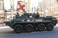 ρωσικοί στρατιώτες παρελάσεων στρατού βαδίζοντας Στοκ Φωτογραφίες