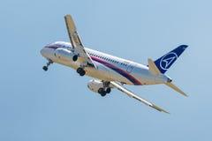 Ρωσικός επιβάτης αεροπλάνου Sukhoi superjet-100 Στοκ φωτογραφίες με δικαίωμα ελεύθερης χρήσης