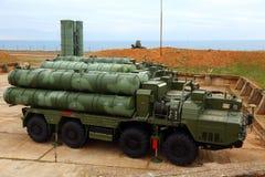 Ρωσικό αντιαεροπορικό πυραυλικό σύστημα μεγάλων και μεσαίας ακτίνας γ-400 Triumf στη Σεβαστούπολη Στοκ φωτογραφία με δικαίωμα ελεύθερης χρήσης