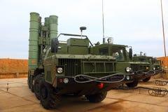 Ρωσικό αντιαεροπορικό πυραυλικό σύστημα μεγάλων και μεσαίας ακτίνας γ-400 Triumf στη Σεβαστούπολη Στοκ Εικόνες