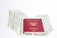 , Ρωσικό διαβατήριο και νόμισμα Στοκ Εικόνες