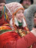 Ρωσικό κορίτσι σε ένα παραδοσιακό κοστούμι Στοκ φωτογραφία με δικαίωμα ελεύθερης χρήσης