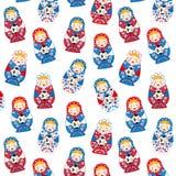 Ρωσικό χαριτωμένο παραδοσιακό να τοποθετηθεί παιχνιδιών matroshka κοριτσιών κουκλών με το ποδόσφαιρο Απεικόνιση αποθεμάτων