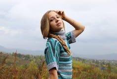 Ρωσικό όμορφο λεπτό ξανθό κορίτσι Στοκ Εικόνα