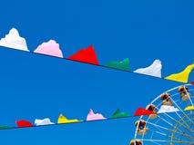 Ρόδα και σημαίες Ferris Στοκ Εικόνα