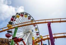 Ρόδα Santa Monica Pier στο λούνα παρκ, στις 12 Αυγούστου 2017 - Σάντα Μόνικα, Λος Άντζελες, Λα, Καλιφόρνια, ασβέστιο Στοκ Εικόνες