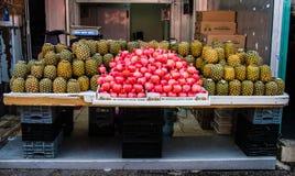 Ρόδια στην αγορά Shuk HaCarmel 5 του Τελ Αβίβ Carmel στοκ φωτογραφίες με δικαίωμα ελεύθερης χρήσης