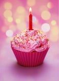 Ρόδινα γενέθλια cupcake Στοκ Εικόνα