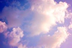 Ρόδινα σύννεφα κρητιδογραφιών, ζωηρόχρωμο cloudscape στοκ φωτογραφία με δικαίωμα ελεύθερης χρήσης