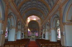 Ρόδινη εσωτερική άποψη εκκλησιών, Pondicherry Στοκ φωτογραφία με δικαίωμα ελεύθερης χρήσης