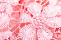 Ρόδινη σύσταση λουλουδιών δαντελλών υφάσματος υλική στοκ εικόνες
