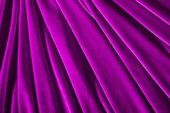 Ρόδινο κλωστοϋφαντουργικό προϊόν βελούδου χρώματος για το υπόβαθρο ή τη σύσταση Στοκ Φωτογραφίες