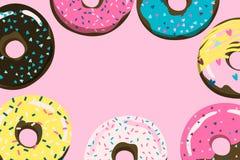 Ρόδινο υπόβαθρο Donuts για την κάλυψη, την κάρτα, το έμβλημα κ.λπ. Στοκ φωτογραφίες με δικαίωμα ελεύθερης χρήσης