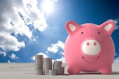 Ρόδινο χρώμα τραπεζών Piggy στοκ εικόνες με δικαίωμα ελεύθερης χρήσης